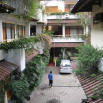 Bandung.Mutiara.binnenplaats.09
