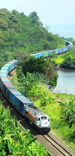 Banner trein - containertrein aan kust - 262 x 546 px