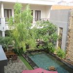Jakarta Sraya Residence Zwembad