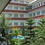bogor.hotelSalak.zwembadgebouw.2001