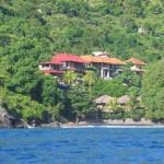 Amed Bayu Hotel_vanaf_zee_klein