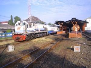 trein_yogyakarta_jombang_00